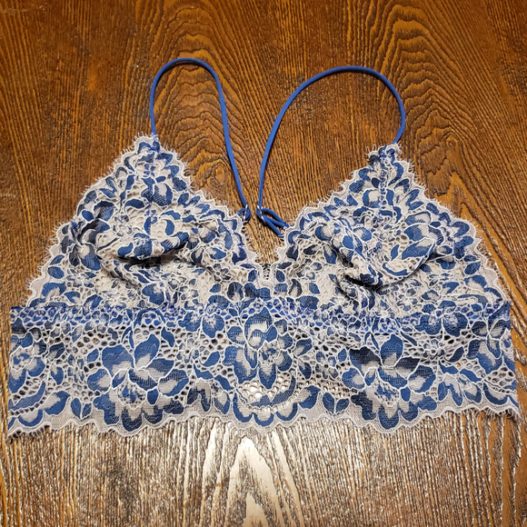 536df0f0c043d Cosabella Other - Cosabella Blue and white lace bralette